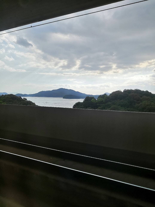 久しぶりに四国上陸~☆車窓からの景色を楽しみつつ~♪_a0004752_13153144.jpg