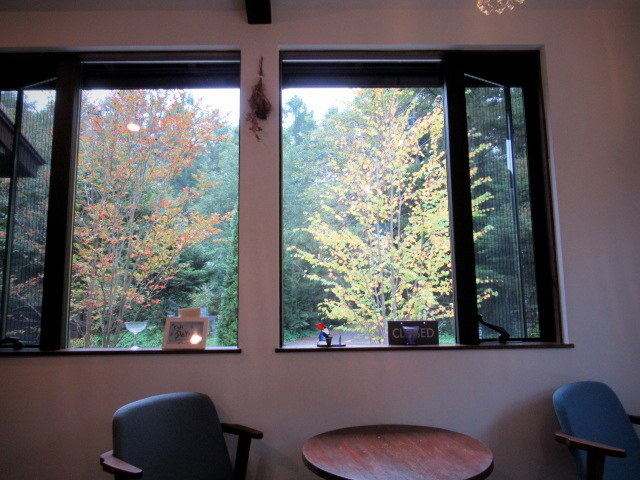 Cafe Patra/カフェパトラ * 9月のぶどうのパフェと栗のロールケーキ♪_f0236260_22182841.jpg