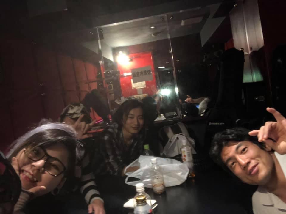 渋谷PINKS【れおんのへや】んの巻_f0236990_00133954.jpg