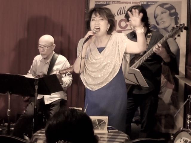 9月26日はバーバーバーで歌いましたよ~~_d0103296_16162020.jpg