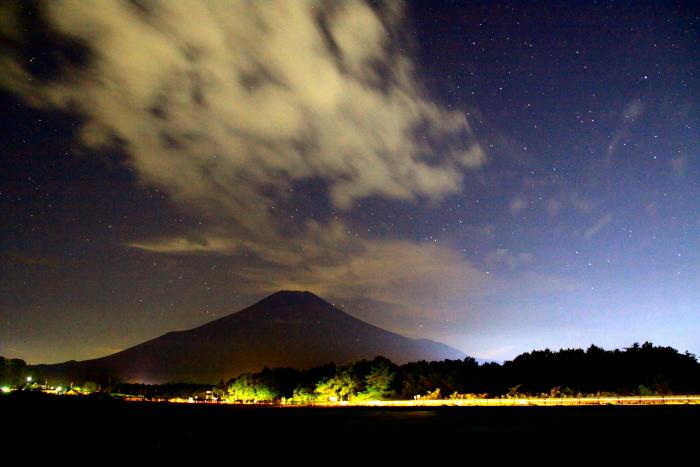令和元年9月の富士(26)花の都公園夜空の富士_e0344396_10460276.jpg