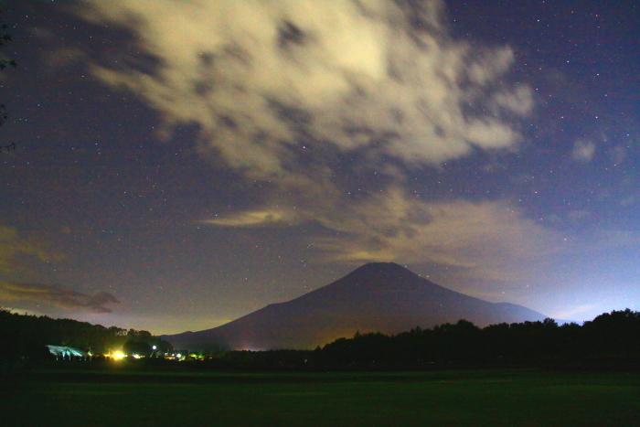 令和元年9月の富士(26)花の都公園夜空の富士_e0344396_10460961.jpg