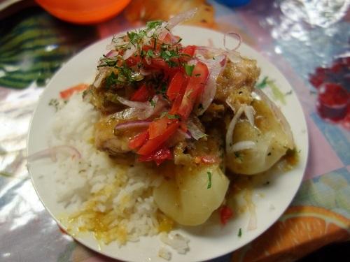コパカバーナのメルカド食堂街でSAJTA DE POJJO (サクタ・デ・ポジョ)_c0030645_09480683.jpg