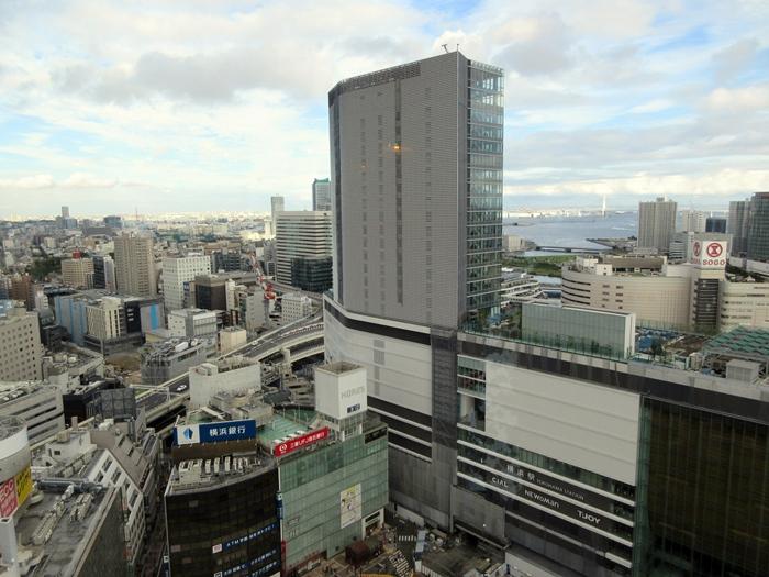 【おやつタイムのクラブラウンジ】横浜ベイシェラトン_b0009849_21373497.jpg