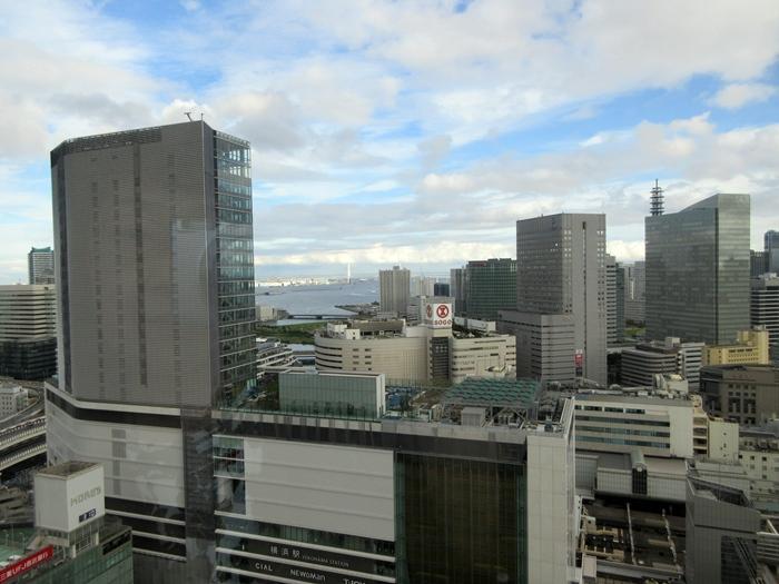 【おやつタイムのクラブラウンジ】横浜ベイシェラトン_b0009849_21375882.jpg