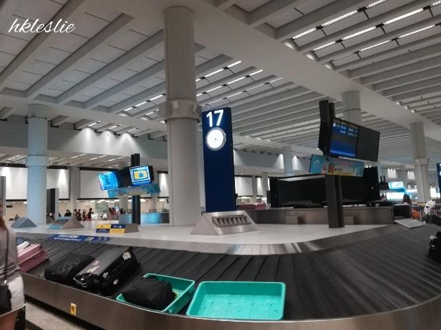 香港國際機場到着_b0248150_05270784.jpg