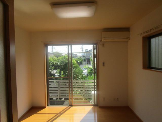 交通便利なおすすめアパート♪_b0246953_16540068.jpg
