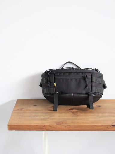 1733 SIDE PACK / BLACK_b0139281_1150975.jpg