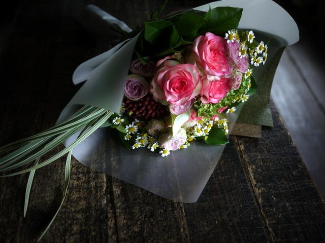 お誕生日の女性への花束。ピンク系。2019/09/29。_b0171193_18571486.jpg