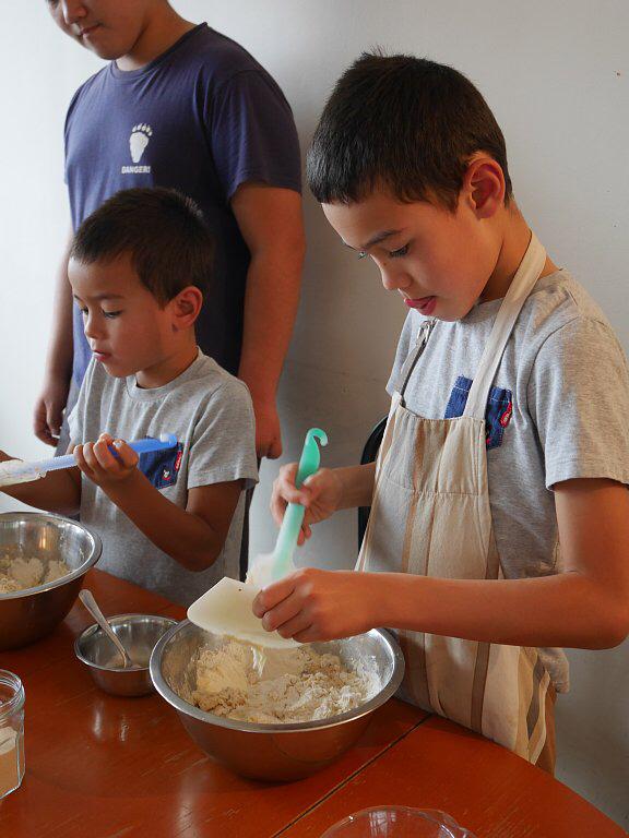パリで子供パン教室_a0022917_04250445.jpg
