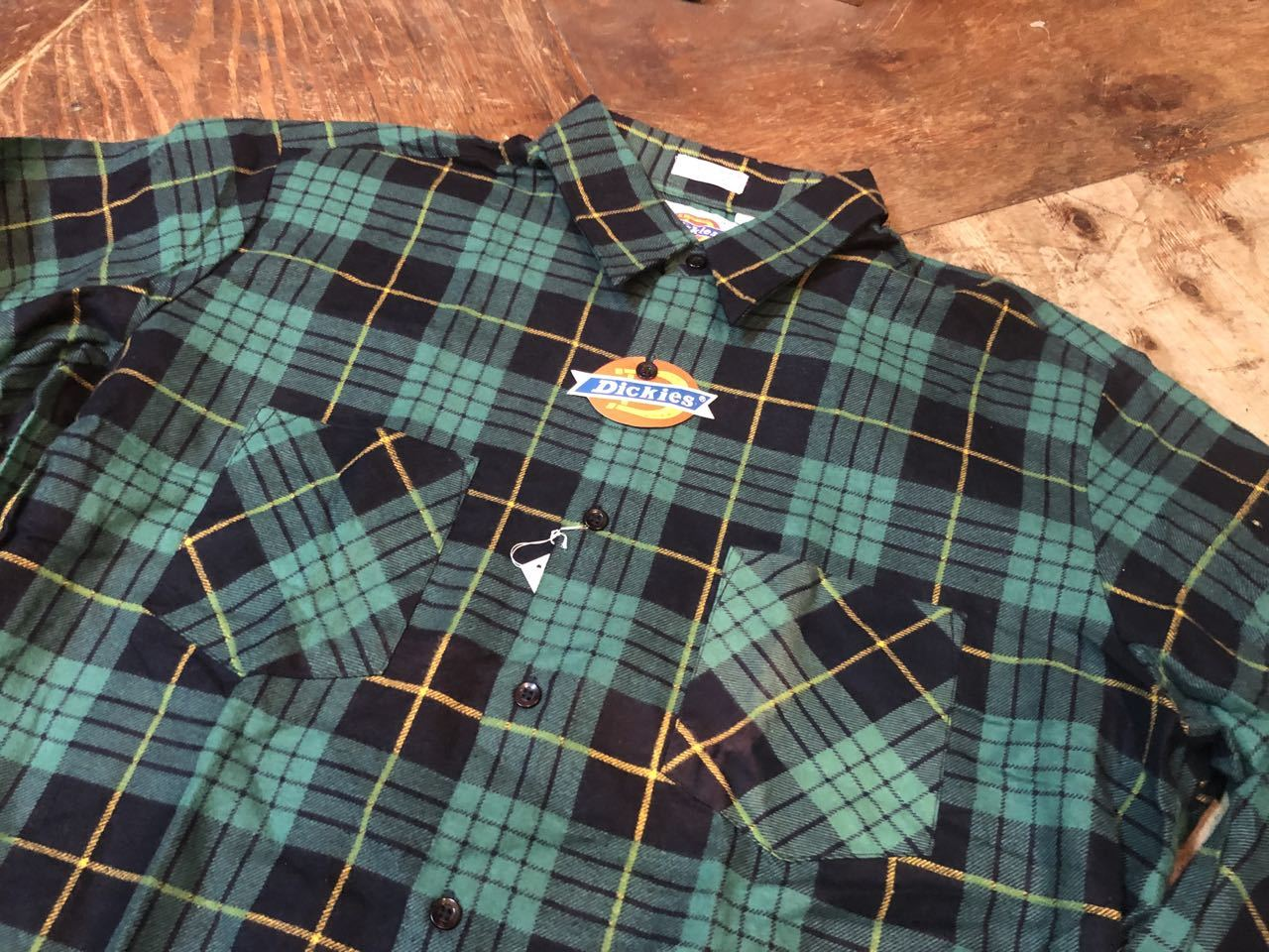 90s デッドストック Made in U.S.A  デッキーズ ネルシャツ!_c0144020_13504062.jpg