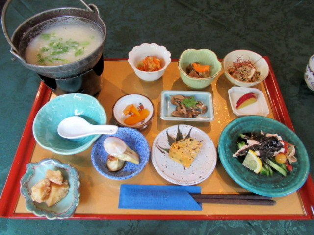 Asian Table Móng Cái(アジアンテーブル モンカイ)* 薬膳中華がベースのアジアン朝食♪_f0236260_00243707.jpg