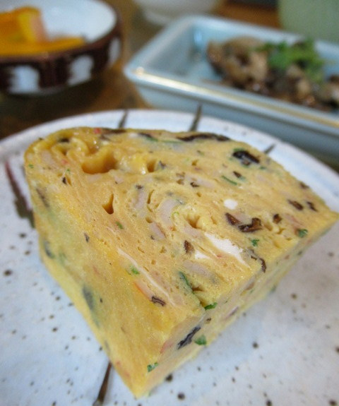 Asian Table Móng Cái(アジアンテーブル モンカイ)* 薬膳中華がベースのアジアン朝食♪_f0236260_00252400.jpg