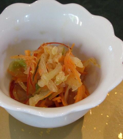 Asian Table Móng Cái(アジアンテーブル モンカイ)* 薬膳中華がベースのアジアン朝食♪_f0236260_00283530.jpg