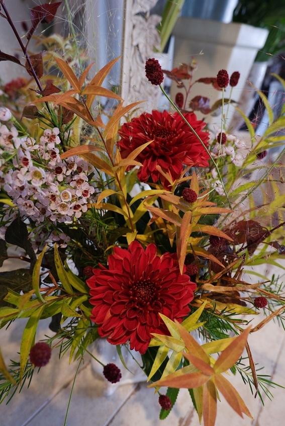 オークリーフ花の教室(山田さんの作品)_f0049672_18542430.jpg