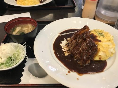 昭和レトロな「東京厨房」で_f0054677_04523185.jpg