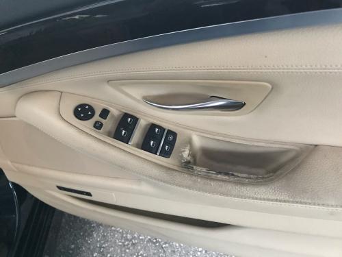 BMW523i ★スイッチパネルリペア_d0351087_07212086.jpg