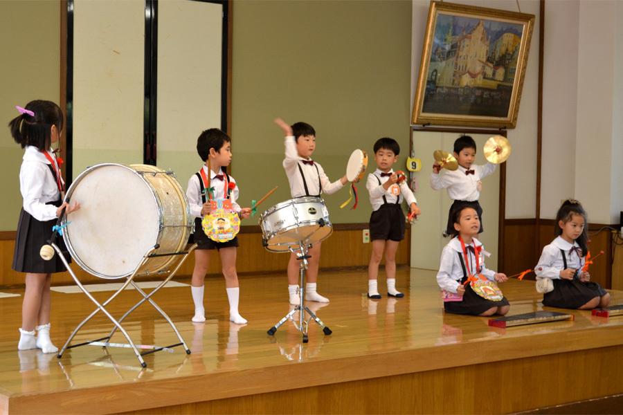 上宮第二幼稚園 「お誕生会」_d0353789_16565706.jpg