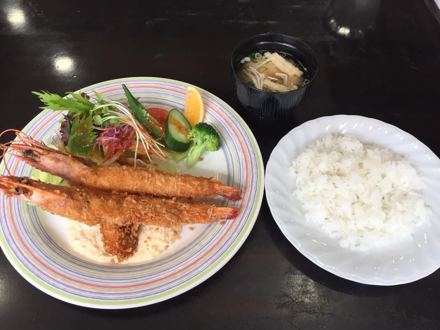 cafe & restaurant Andrews  日替わり  ジャンボ有頭海老フライ_e0115904_07523604.jpg