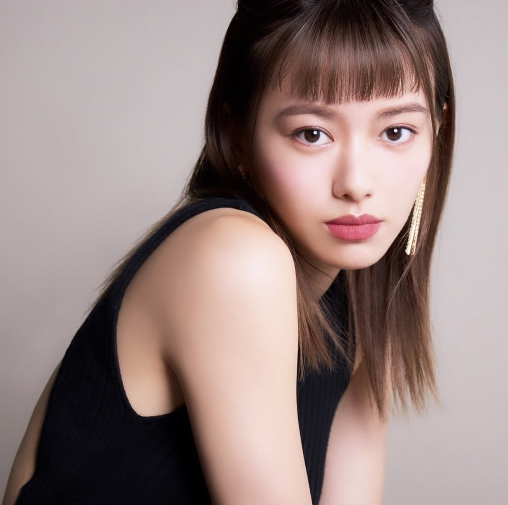 maika yamamoto_e0115904_21001393.jpg