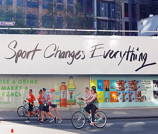 """Sports Changes Everything""(スポーツは全てを変える)_b0007805_09140141.jpg"