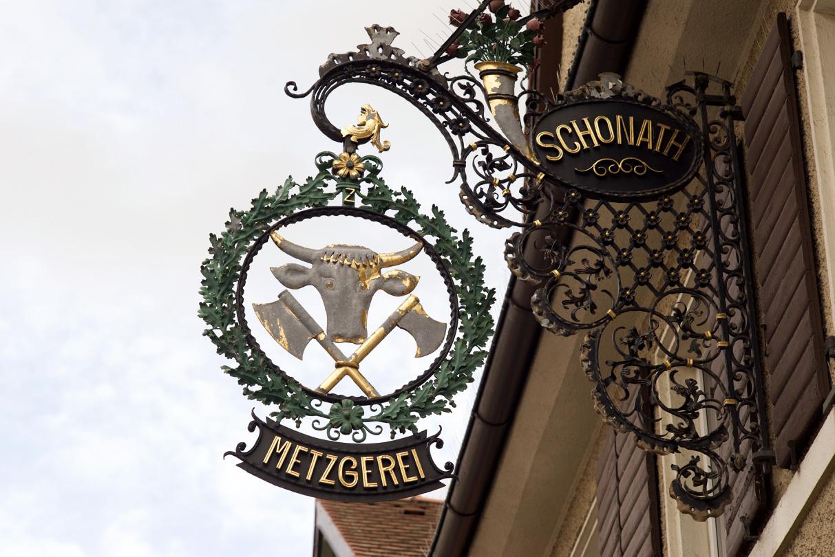 古い町並みの文字と看板(2)Herzogenaurach_e0175918_00351412.jpg