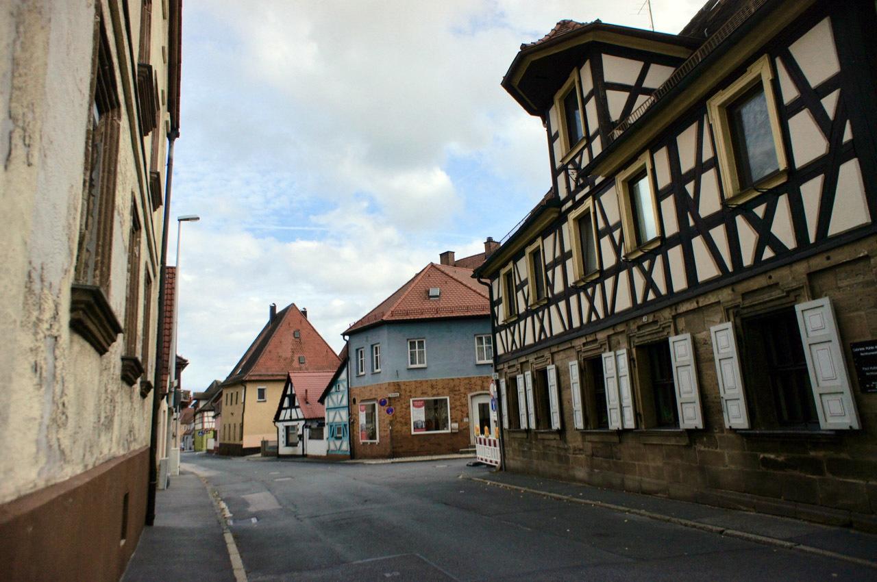 古い町並みの文字と看板(2)Herzogenaurach_e0175918_04313327.jpg