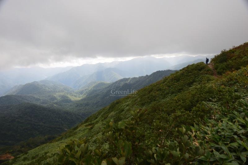 雲上の楽園へ_f0321522_11302944.jpg