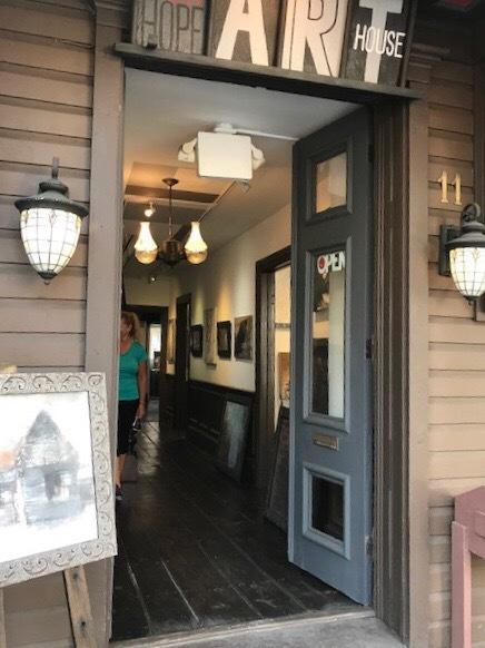 日帰りも出来る可愛らしい小さな街ニューホープで街歩き_d0269832_22183678.jpeg