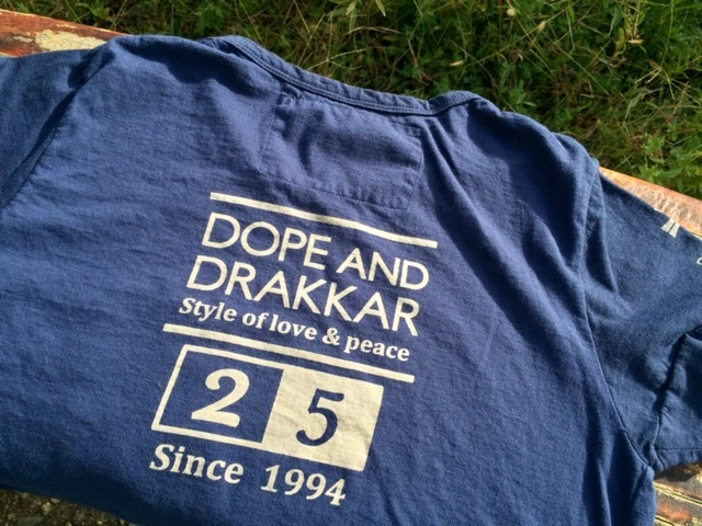 25周年記念Tシャツ発売致します♪_d0108933_18163474.jpg