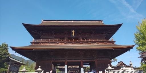 10月1日秋晴れの中、山田パンダ善光寺詣で。_b0096957_13481907.jpg