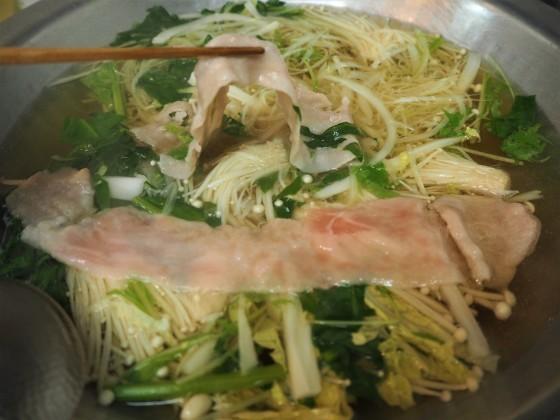 豚しゃぶは細切り野菜が美味し_a0258686_06235107.jpg