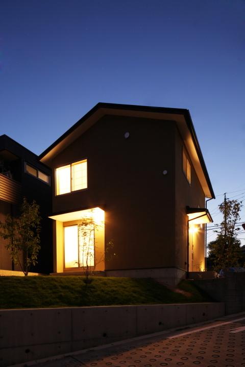 「薬師山の家」竣工写真_b0179213_18140087.jpg
