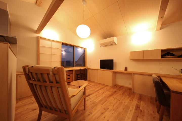 「薬師山の家」竣工写真_b0179213_18142071.jpg