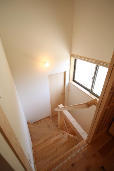 「薬師山の家」竣工写真_b0179213_18160864.jpg