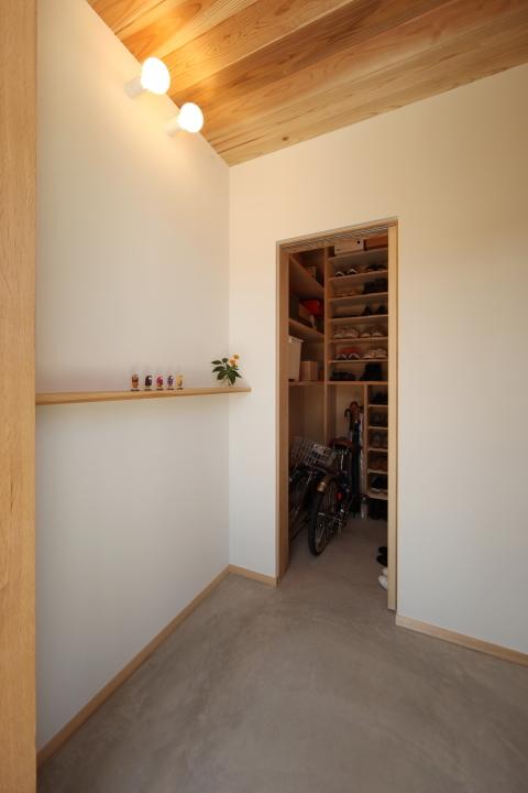 「薬師山の家」竣工写真_b0179213_18172356.jpg