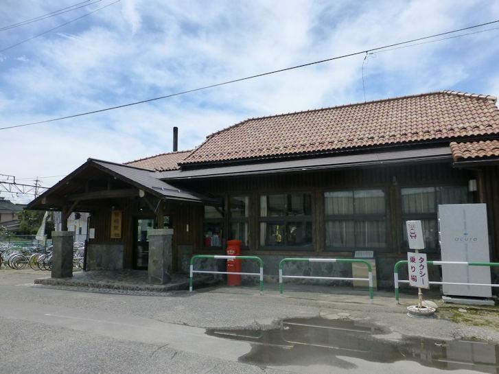 駅舎_c0051620_6464394.jpg