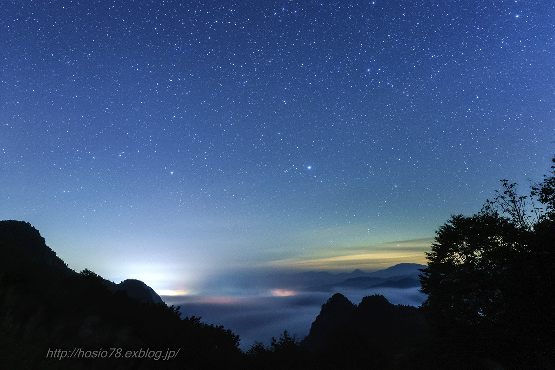 雲海と秋の星空(タイムラプス動画付き)_e0214470_12574676.jpg