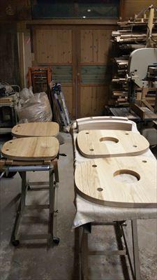 椅子2本_d0165772_20114733.jpg