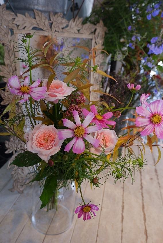 オークリーフ花の教室(赤地さんと宮原さんの作品)_f0049672_18380792.jpg