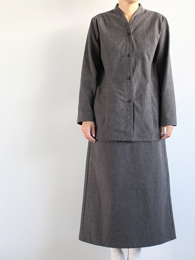 THE HINOKI Cotton Horse Cloth Collarless Dress / Charcoal Brown_b0139281_1382030.jpg