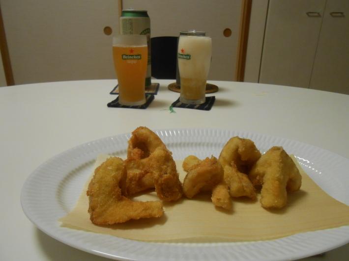 松茸(アメリカ産)や里芋でビール。_a0095931_18430818.jpg
