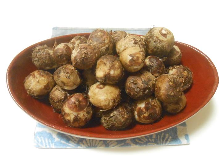 松茸(アメリカ産)や里芋でビール。_a0095931_18451955.jpg