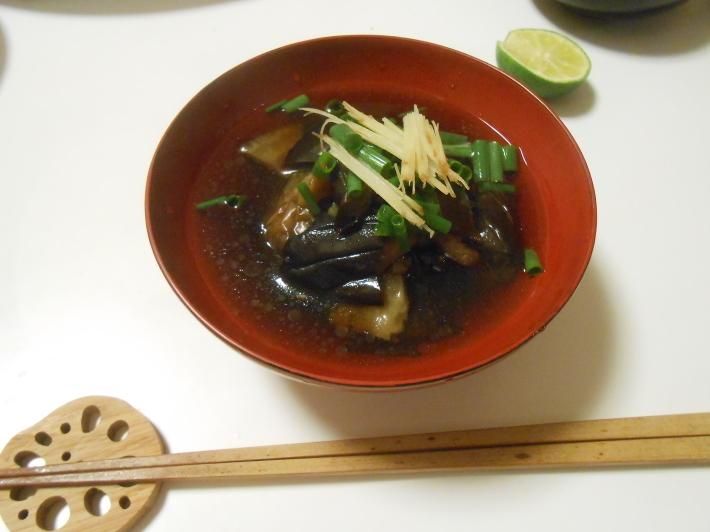 松茸(アメリカ産)や里芋でビール。_a0095931_18543124.jpg