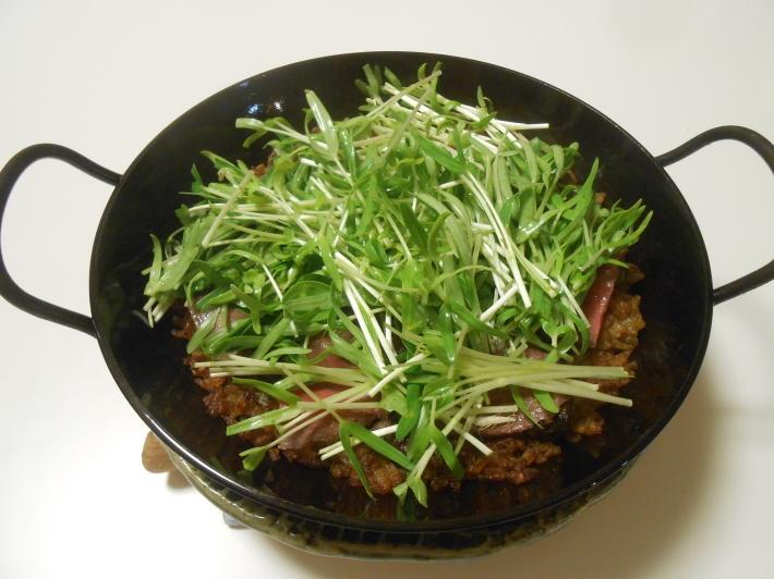 松茸(アメリカ産)や里芋でビール。_a0095931_18545030.jpg