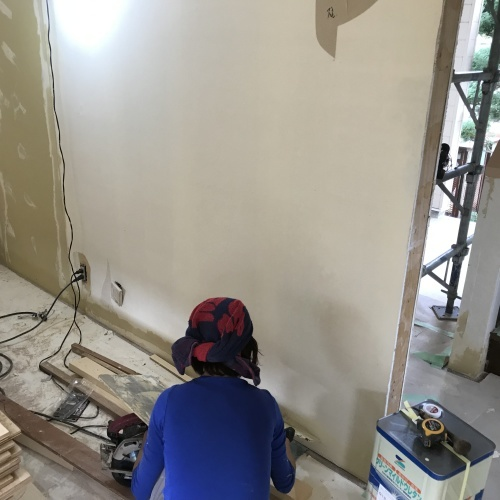 6日め・重量物と塗装とパテと色々_f0031037_20351703.jpg