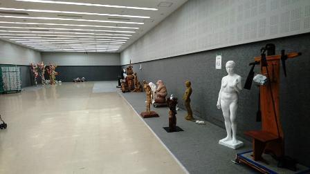 作業日誌(「第73回二紀会展」彫刻部搬入作業)_c0251346_16140777.jpg