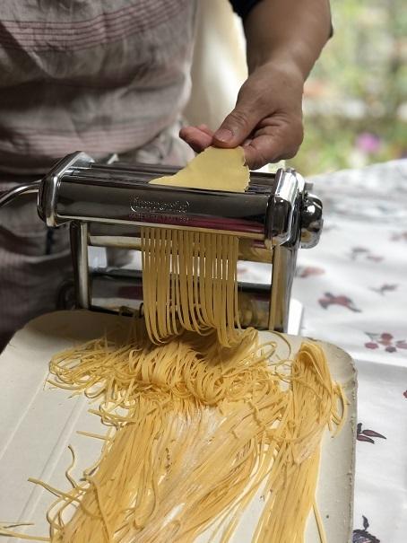 キムチっ子、パンを作り麺を作る_b0060363_23460171.jpeg
