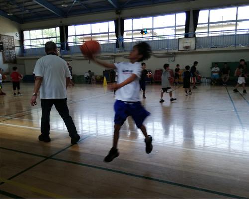 スポーツ少年のママの連休は超多忙!バスケ・卓球・ドッチボール_d0169072_12022311.jpg