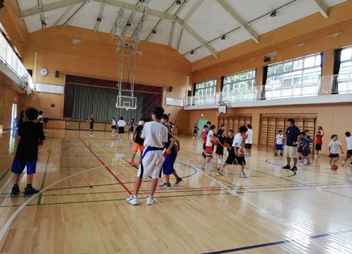 スポーツ少年のママの連休は超多忙!バスケ・卓球・ドッチボール_d0169072_12233777.jpg